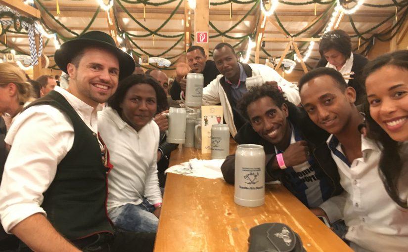 """Andenet: Das Äthiopien-Treffen auf der """"Oiden Wiesn"""""""